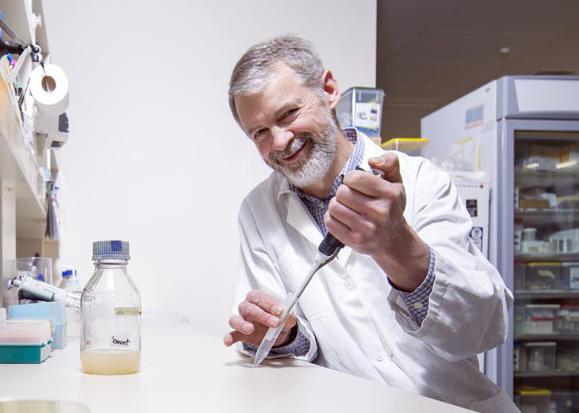 Professor Iain Lamont in the laboratory